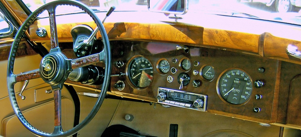 Bentley Dash Board