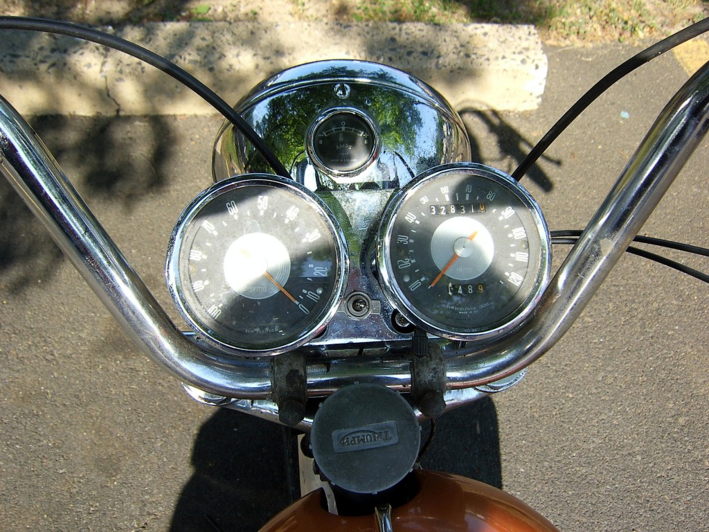 1965 Triumph Bonneville Gauges