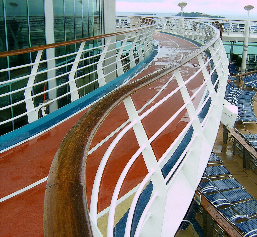 Curvey Wet Cruise Ship Rail Deck