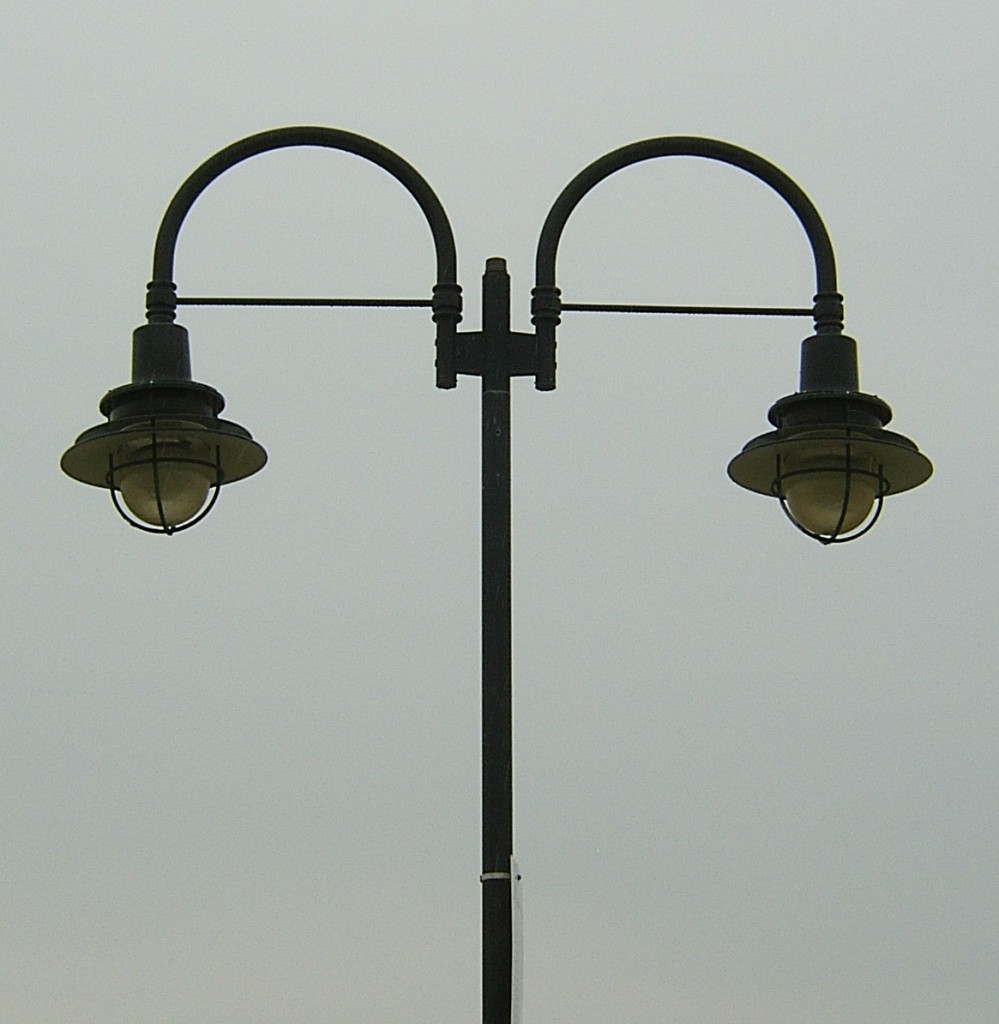 Double Street Lamps In Atlantic City