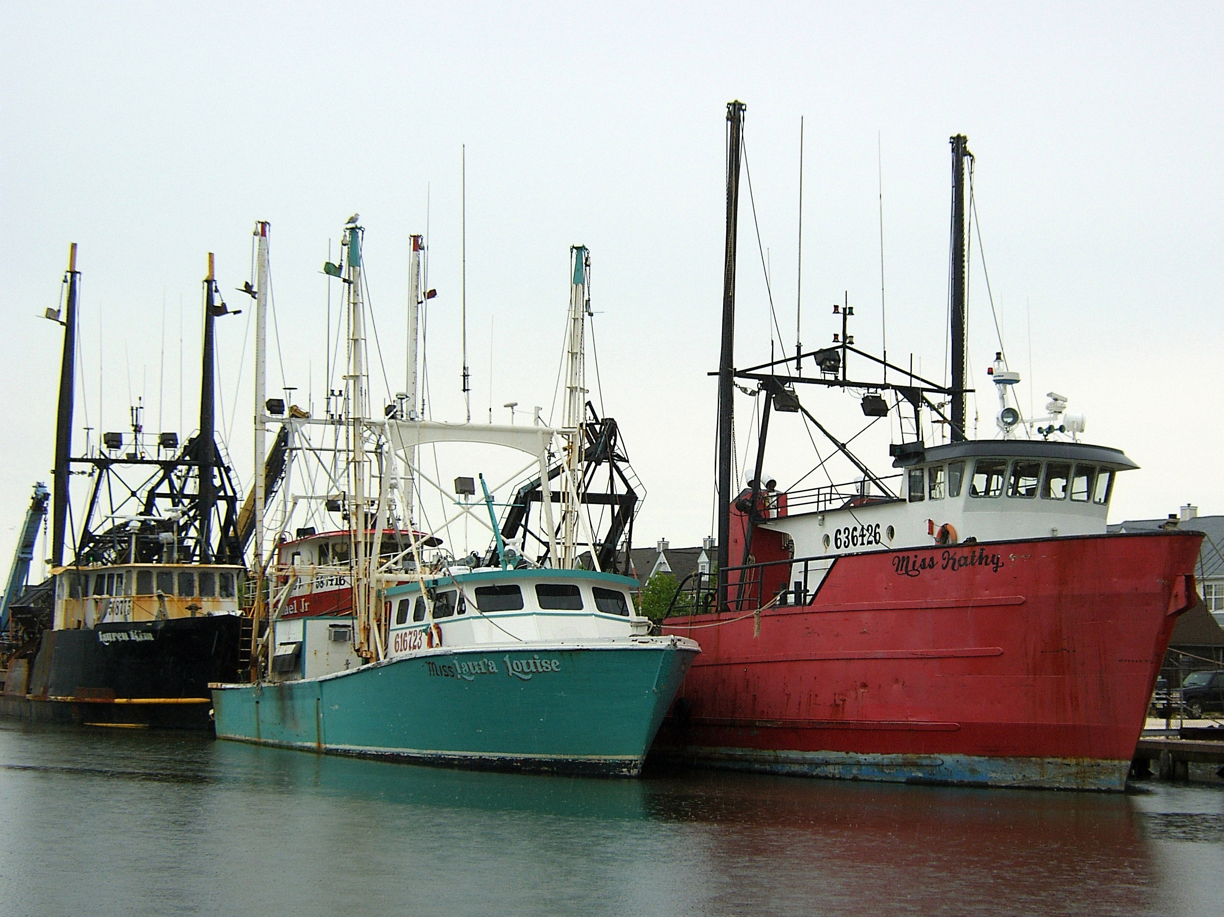 Fishing boats doubled parked in atlantic city love 39 s for Atlantic city fishing