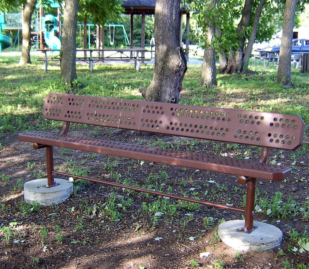 Helmetta Park Steel Bench
