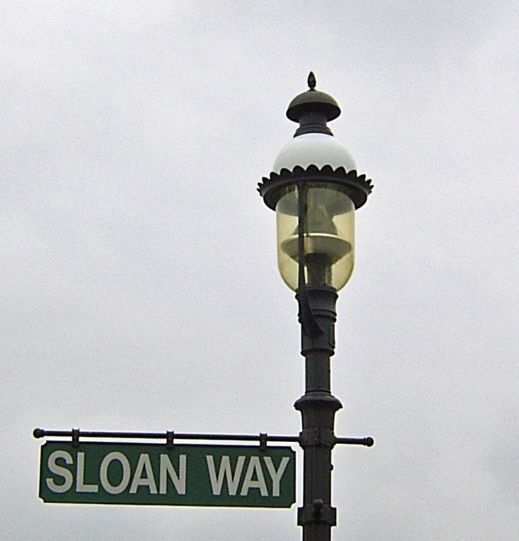 Sloan Way Lampost