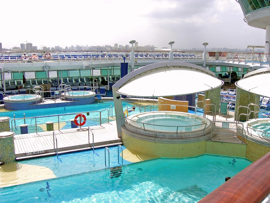 Explorer Of The Seas Pools & Hot Tubs