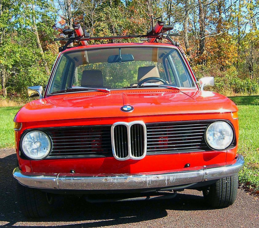 FRONT VIEW & GRILLE-OF CLASSIC 1969 BMW 2002 SEDAN