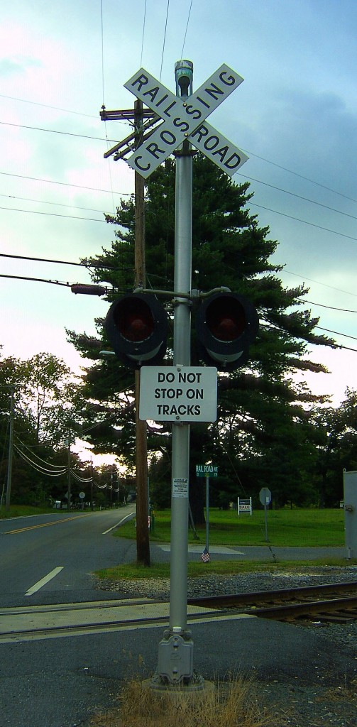 Railroad Crossing Sign & Signal In South Jersey
