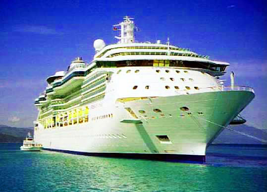 ANCHORED CRUISE SHIP IN LABADEE HAITI