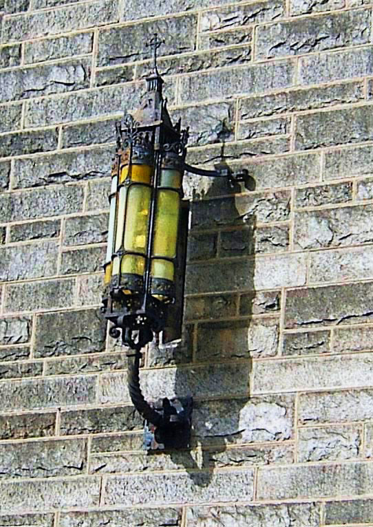 ANTIQUE EXTERIOR LAMP ON FRONT OF PHILLY CHURCH