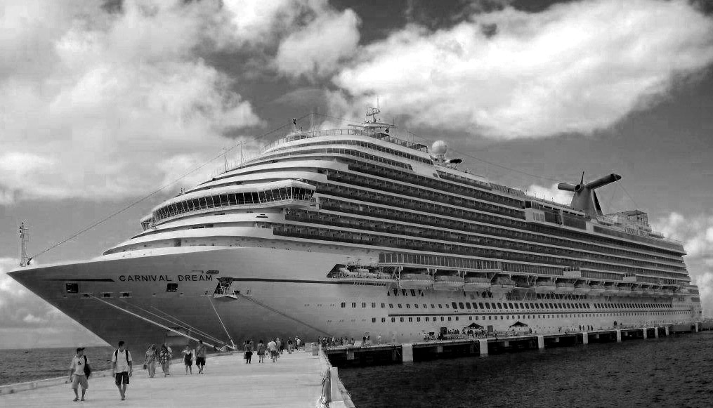 BLACK & WHITE CARNIVAL CRUISE SHIP IN PORT