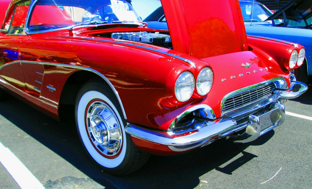 Hot 1959 Corvette With Chrome Front Bumper