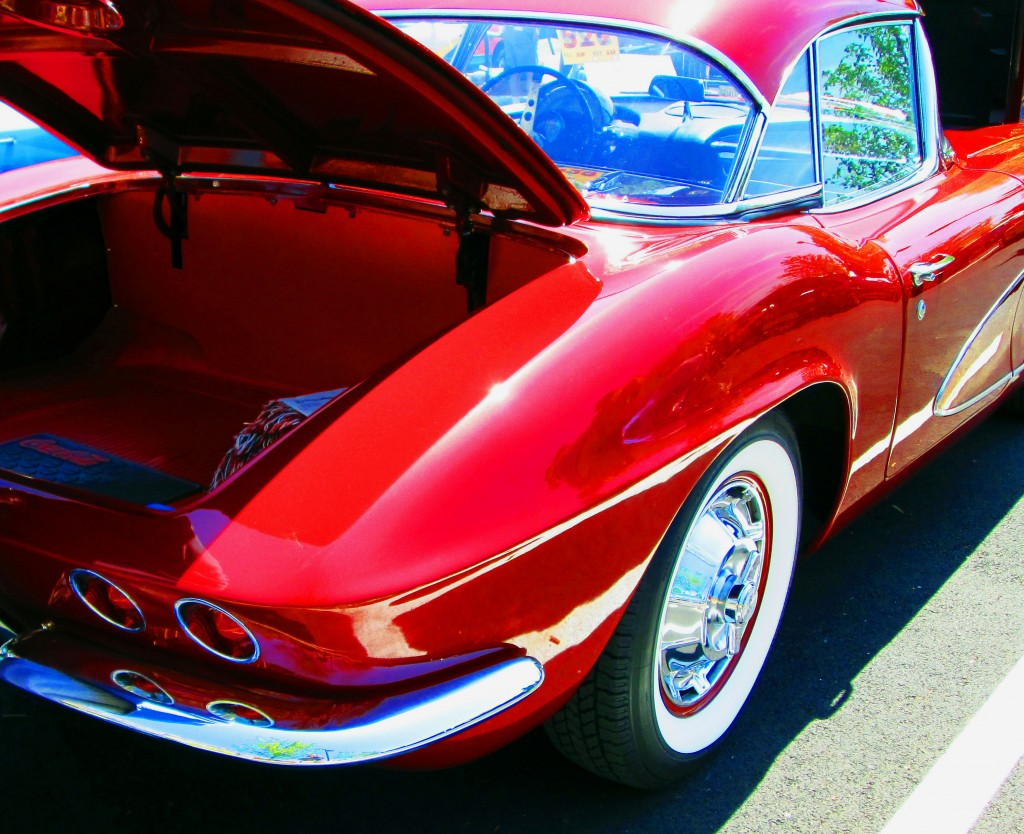 Rear & Trunk View Of 59 Corvette