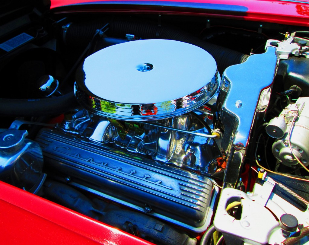 327 Cubic Inch Chevy Corvette Engine