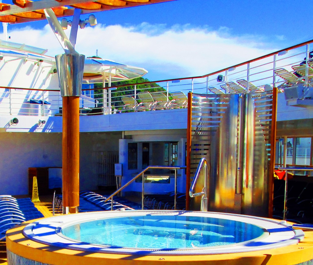 Hot Tub & Shower On The Celebrity Summit
