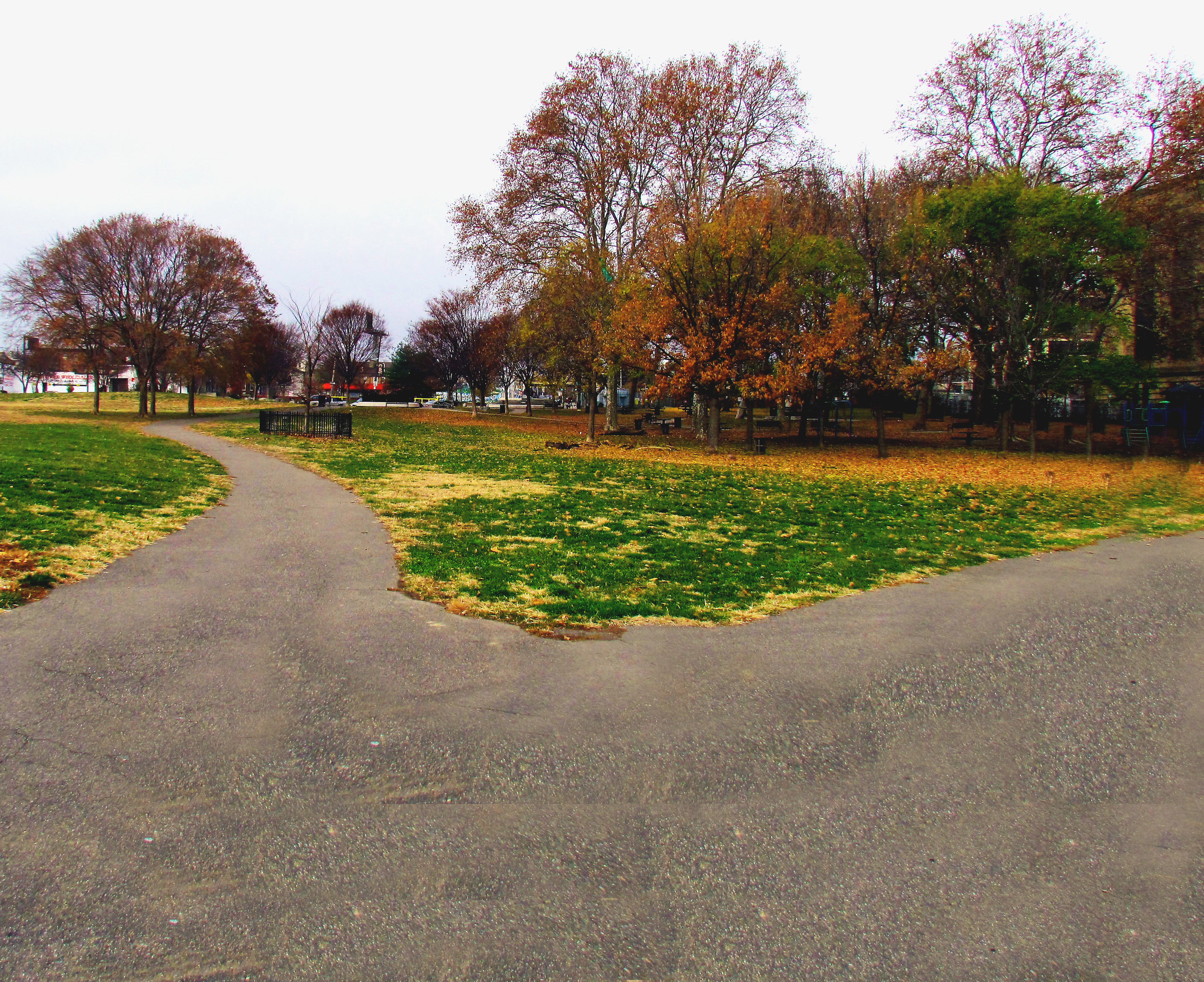Penn Treaty Park Walking Paths