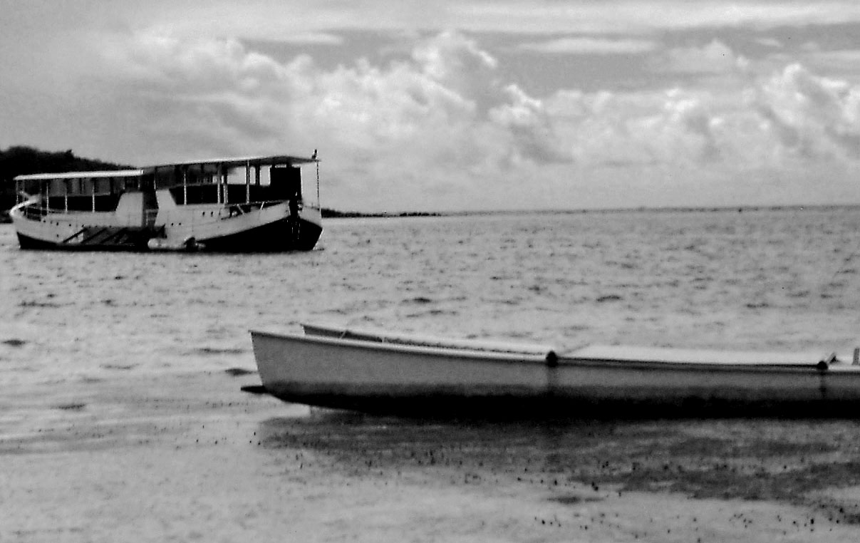 Black & White Little Key Bay St Maarten