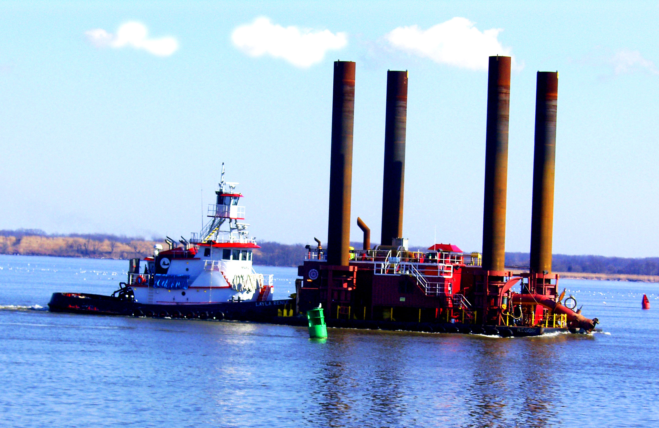 Dredger & Tug On The Delaware