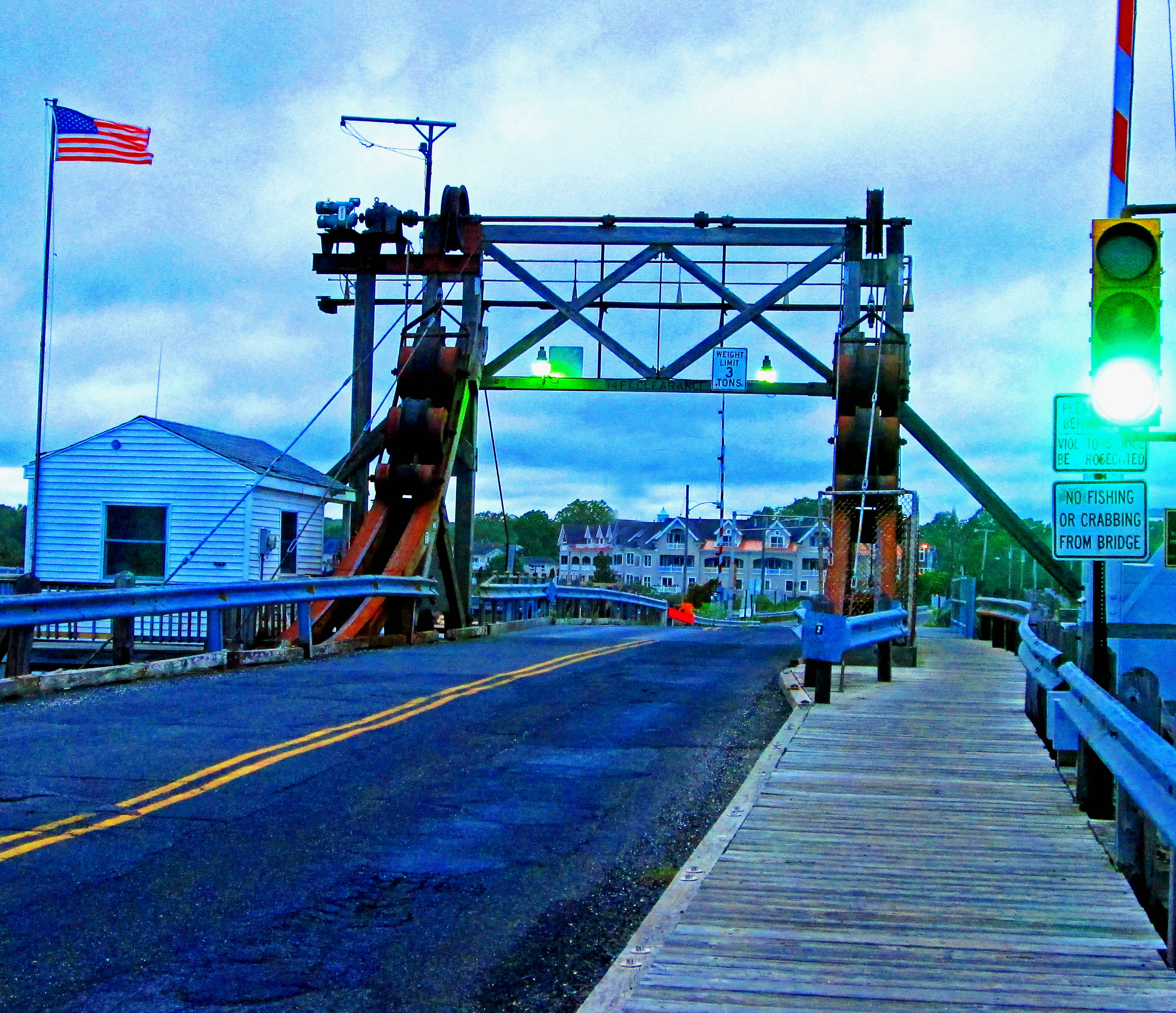 Glimmer Glass Bridge Manasquan NJ