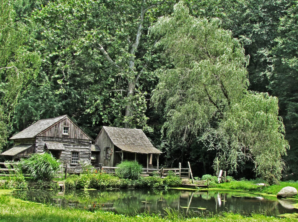 Cuttaloosa Old Farm & Grist Mill Cabins